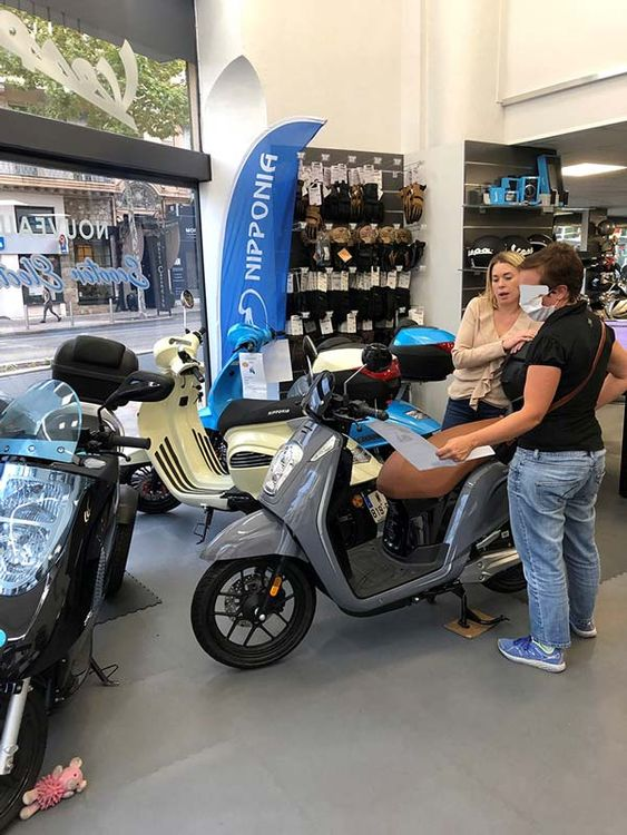 Aventure Scooter Cannes Nipponia e-Viball